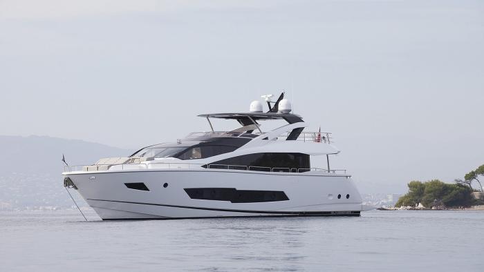 Hull #186 from Sunseeker