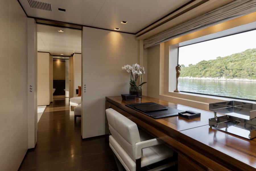 Cabin photo - LAMMOUCHE PHOTOSHOOT - SYM Superyacht Management, Port Camille Rayon, Golfe Juan