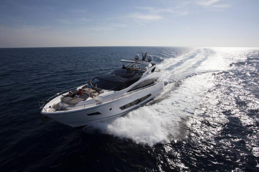 Project 876 Sunseeker 86 - SYM Superyacht Management