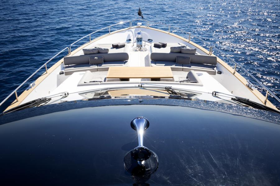 Sunseeker 28 Metre Yacht SYM Superyacht Management