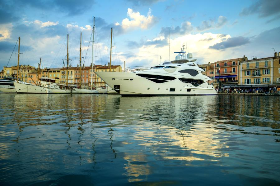 Berco Yacht under SYM Superyacht Management