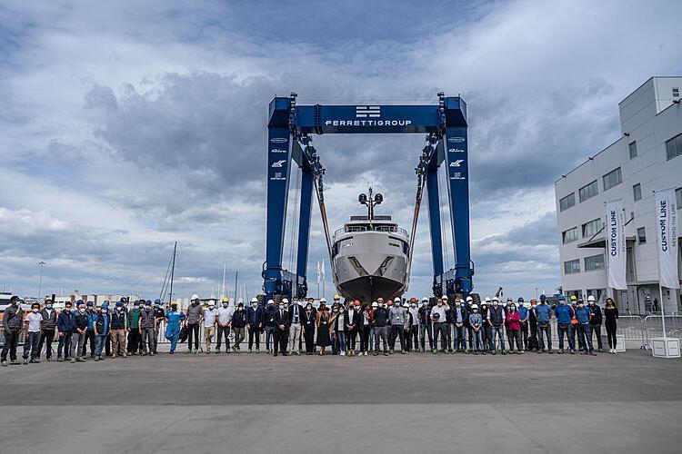 Mrs G Yacht SYM Superyacht Management - Port Camille Rayon, Golfe Juan