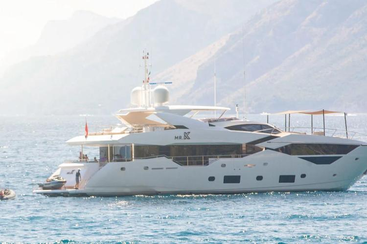 Mr k Iriston yacht sold - SYM Superyacht Management